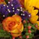 Bunter Strauß mit Sonnenblume