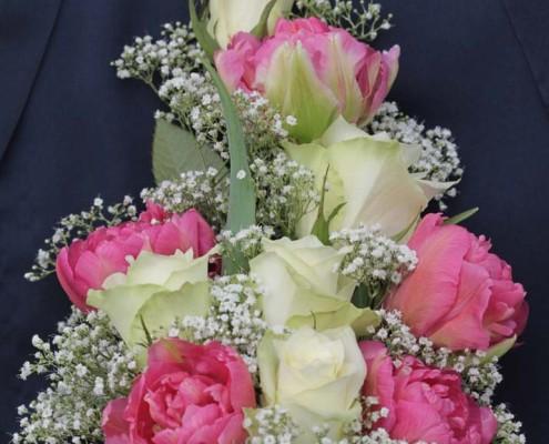 Ballstrauß weiß-pink , Rosen, Schleierkraut